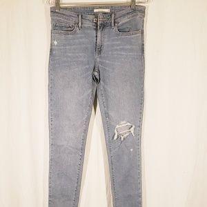 3/$20 Levi 711 Skinny Distressed Jeans size 28